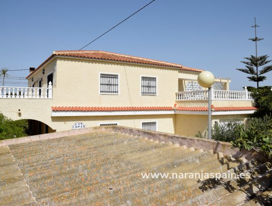 Country house - Sale - Guardamar del Segura - Urb. El Raso