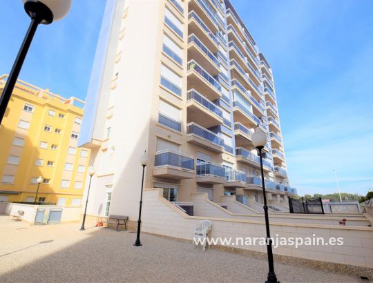 Hus i by - Til Salgs - Guardamar del Segura - Port Guardamar