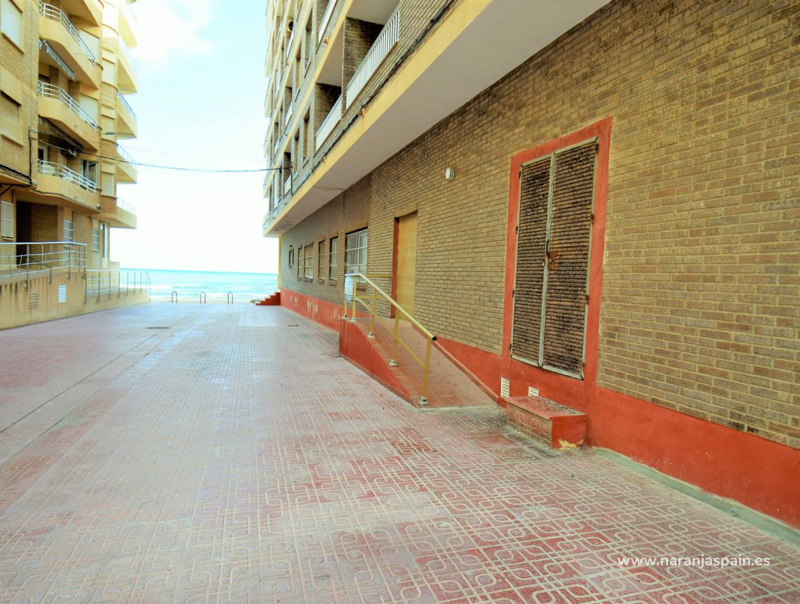 Apartment - Sale - La Mata, Torrevieja - La Mata Playa
