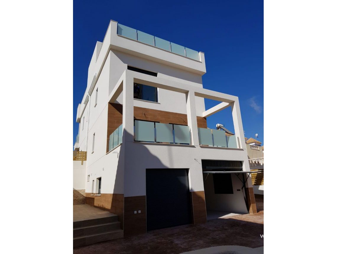 Detached villa - Sale - San Miguel de Salinas - Villamartin