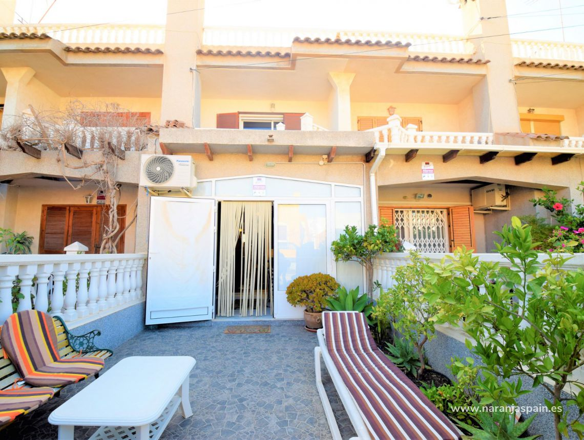 Town house - Sale - Torrevieja - Torrevieja