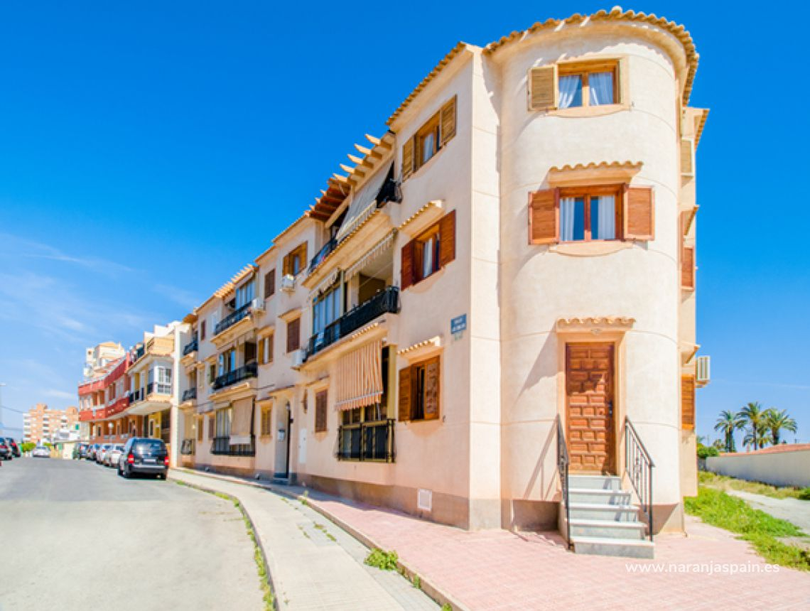 Apartment - Sale - Torrevieja - Torrevieja town