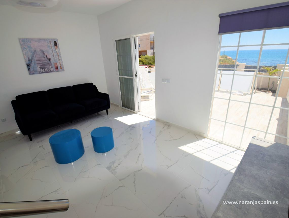 Semi-detached house - Sale - Torrevieja - Torrevieja